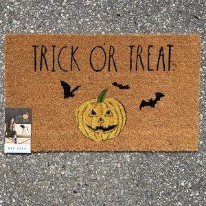 Rae Dunn TRICK OR TREAT Halloween Outdoor Mat